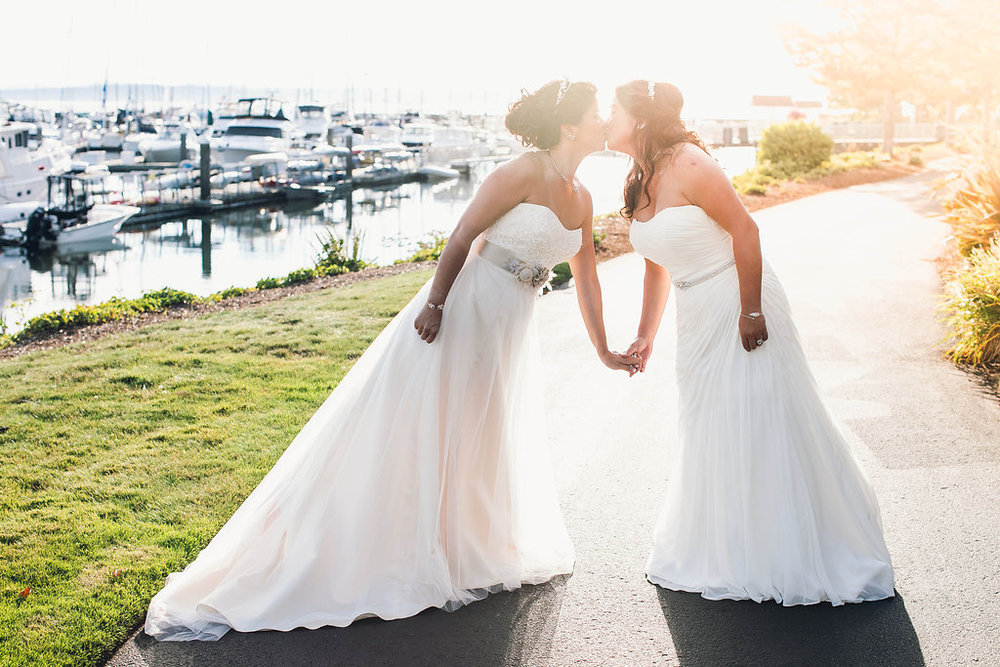 palisades-restaurant-wedding-gay-seattle-by-Seattle-Wedding-Photographer-Adina-Preston-112.JPG