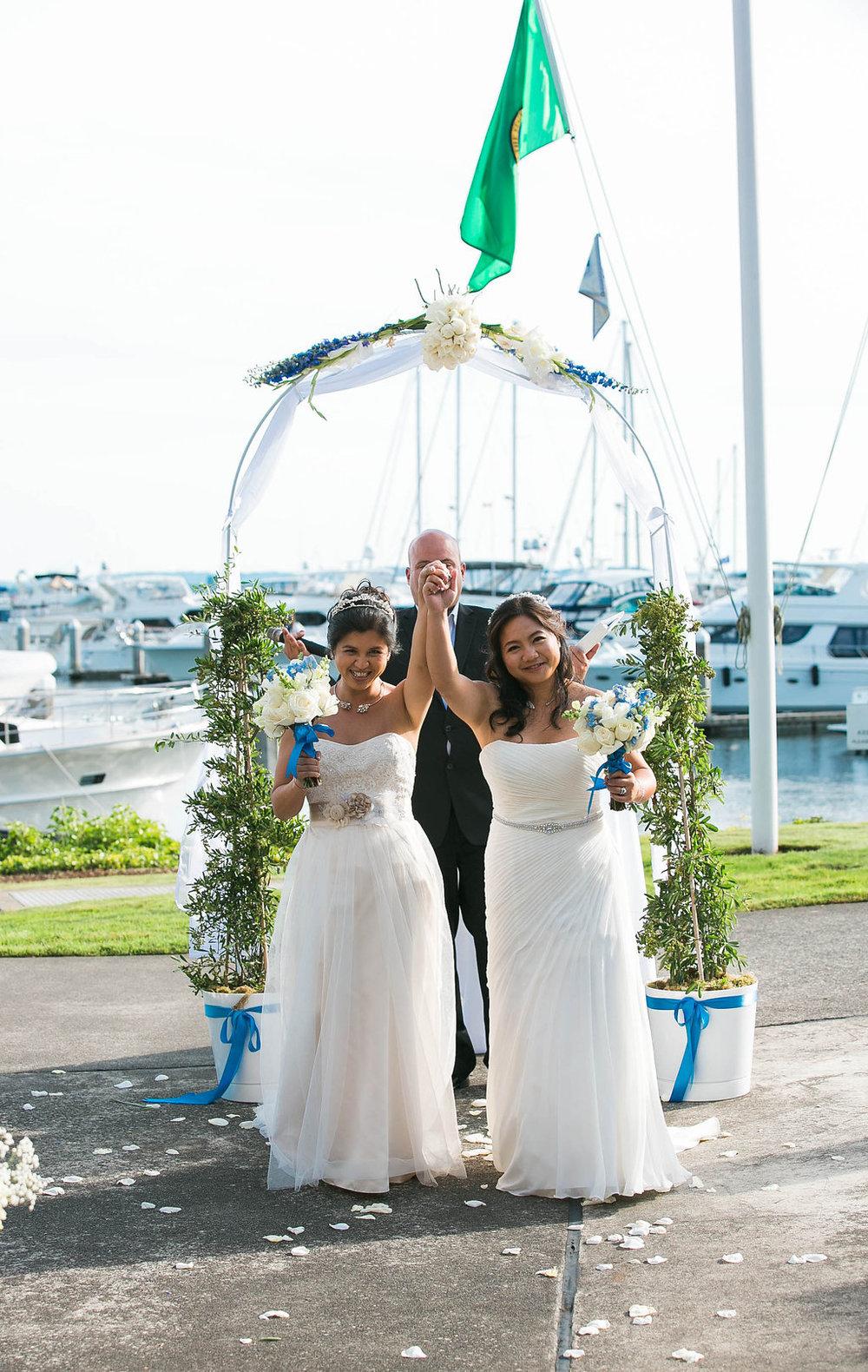 palisades-restaurant-wedding-gay-seattle-by-Seattle-Wedding-Photographer-Adina-Preston-106.JPG