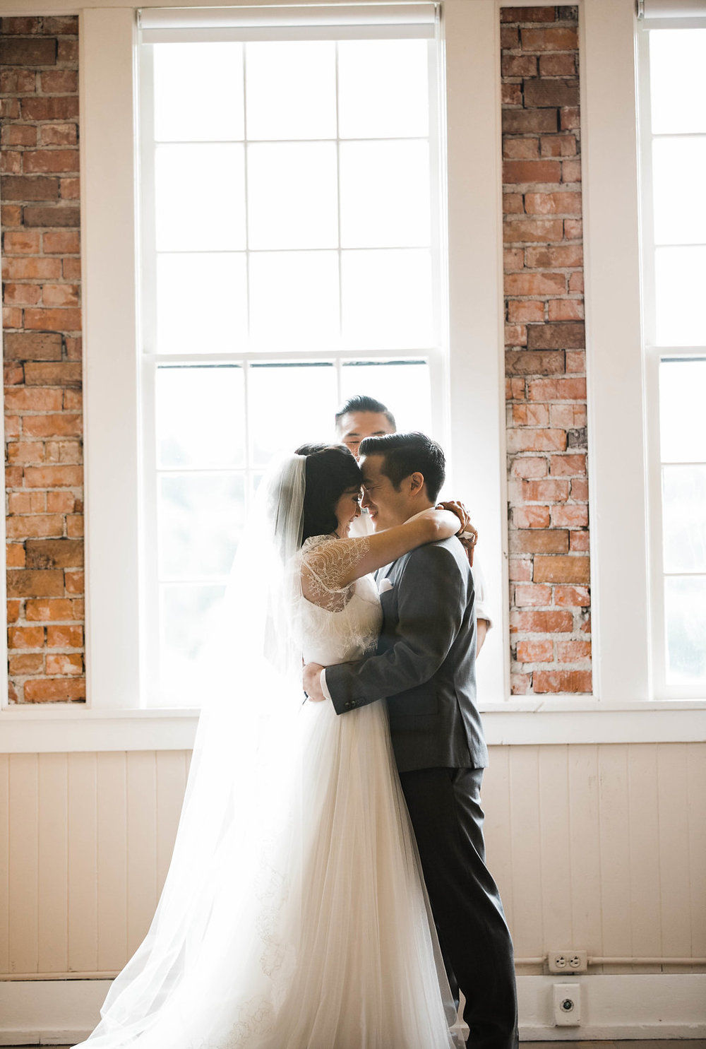 Sarah+Sean_Hollywood_Schoolhouse_wedding_Adina_Preston_Weddings_577.JPG