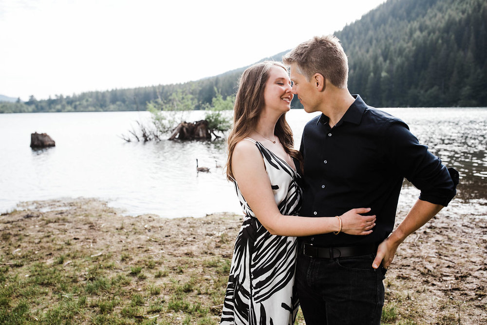 Eivind+Elyse_Engagement_Rattlesnake_lake_ridge_Seattle_Photographer_Adina_Preston_Weddings_9.JPG