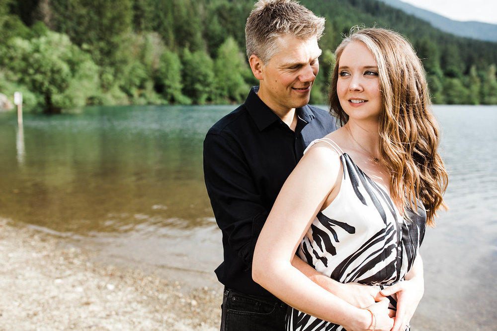 Eivind+Elyse_Engagement_Rattlesnake_lake_ridge_Seattle_Photographer_Adina_Preston_Weddings_32.JPG