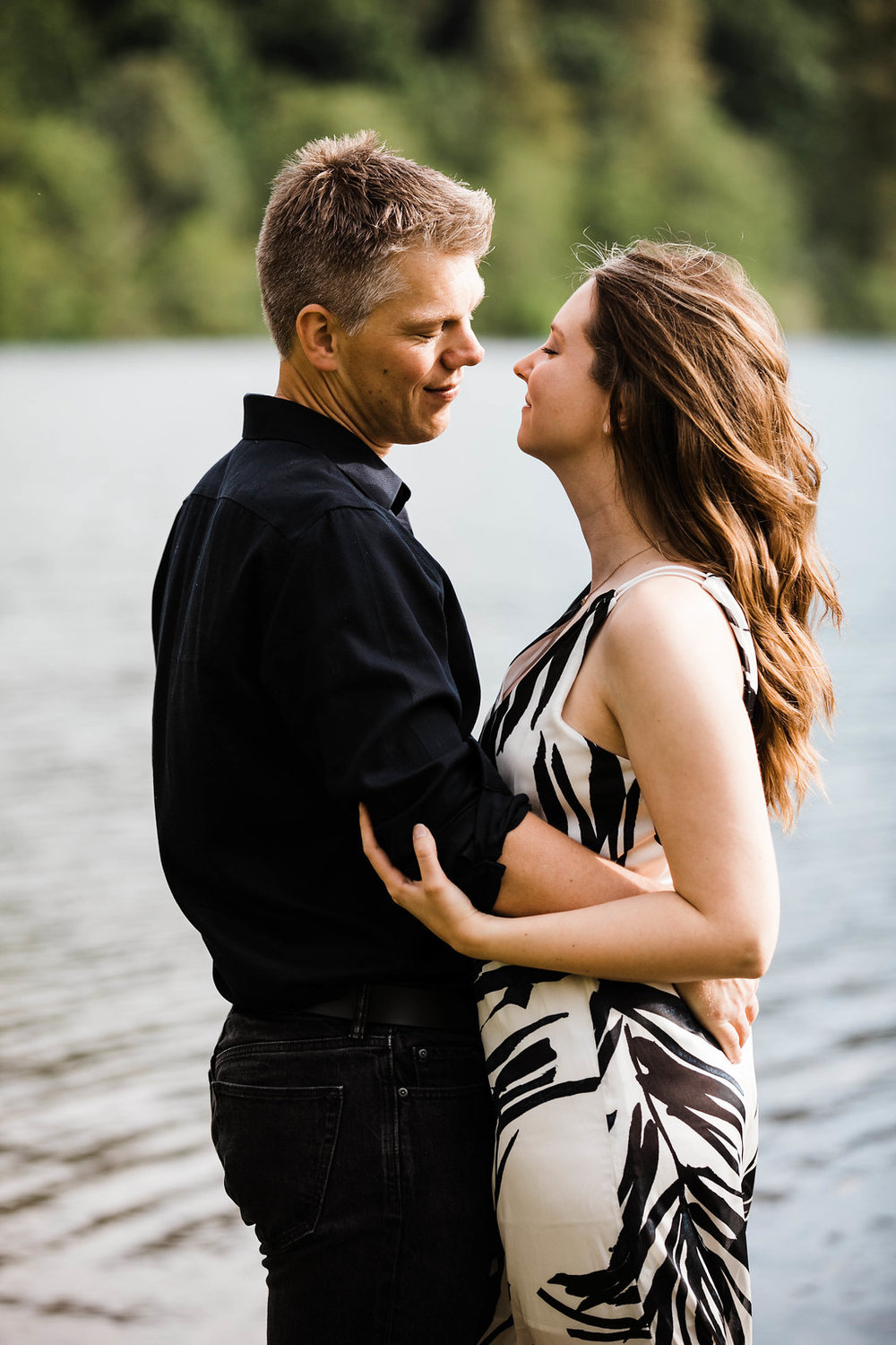 Rattlesnake Lake Engagement by Seattle Wedding Photographer Adina Preston