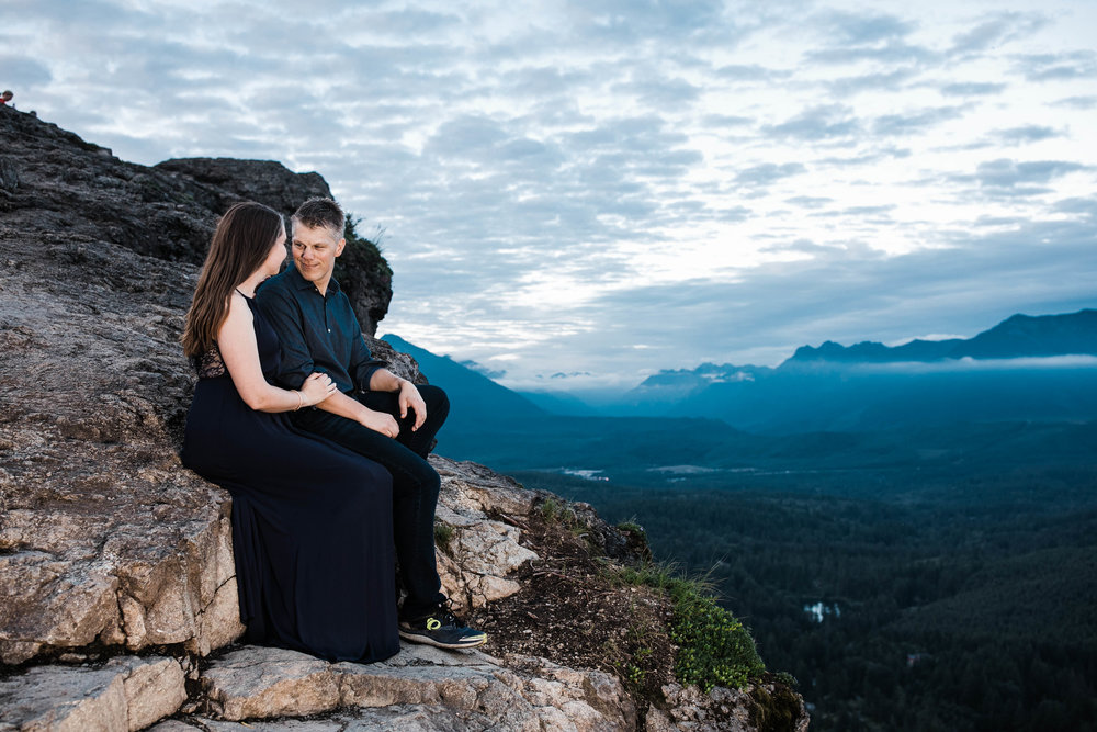 Eivind+Elyse_Engagement_Rattlesnake_lake_ridge_Seattle_Photographer_Adina_Preston_Weddings_259.JPG