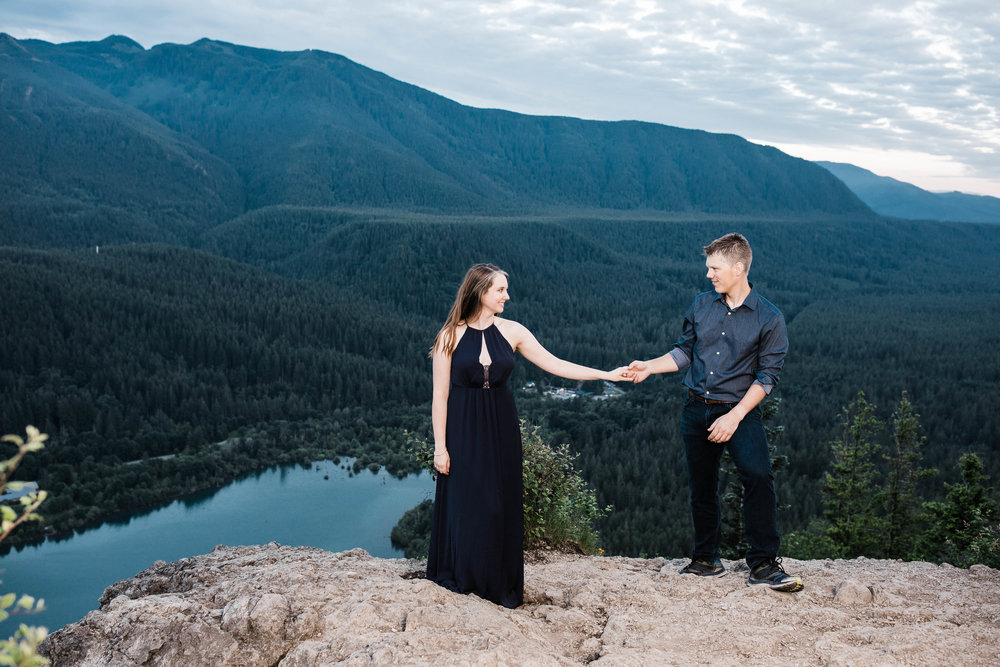 Eivind+Elyse_Engagement_Rattlesnake_lake_ridge_Seattle_Photographer_Adina_Preston_Weddings_254.JPG