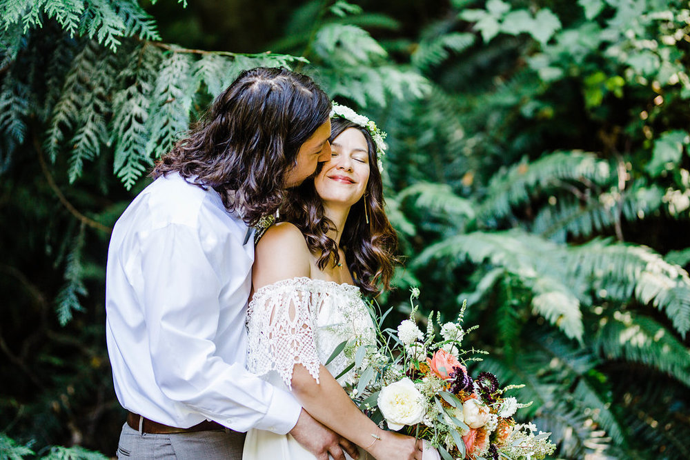 carkeek park weddin photos by seattle wedding photographer adina preston