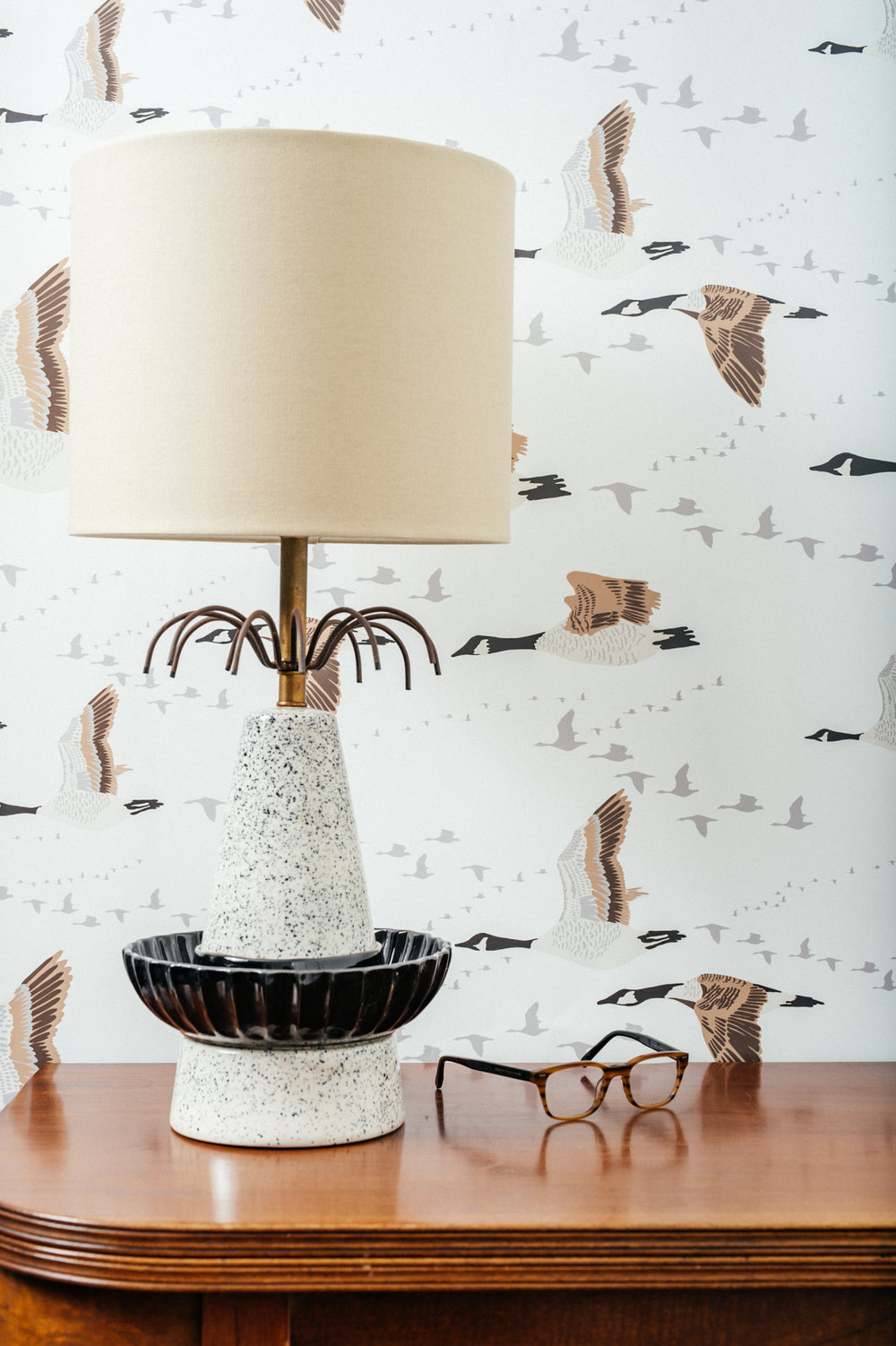 Kate Golding Canada Geese wallpaper // Modern wallcoverings and interior decor.