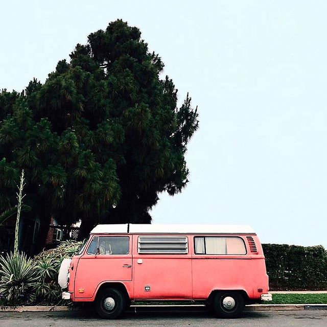 It may be the home stretch of Summer, but I'm still hoping for a road trip in a dreamy little van (with wifi of course, because can't stop won't stop) . . . . . . . . pc @glitterguide