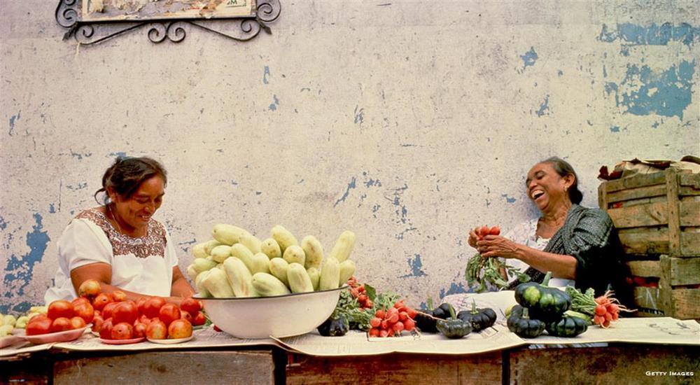 Mat er det viktigste sosiale limet i meksikansk kultur. Her deles rettene på store fat fylt med spennende smaksopplevelser. Maten som sosialt samlingspunkt vil også stå i sentrum på Amerigo.