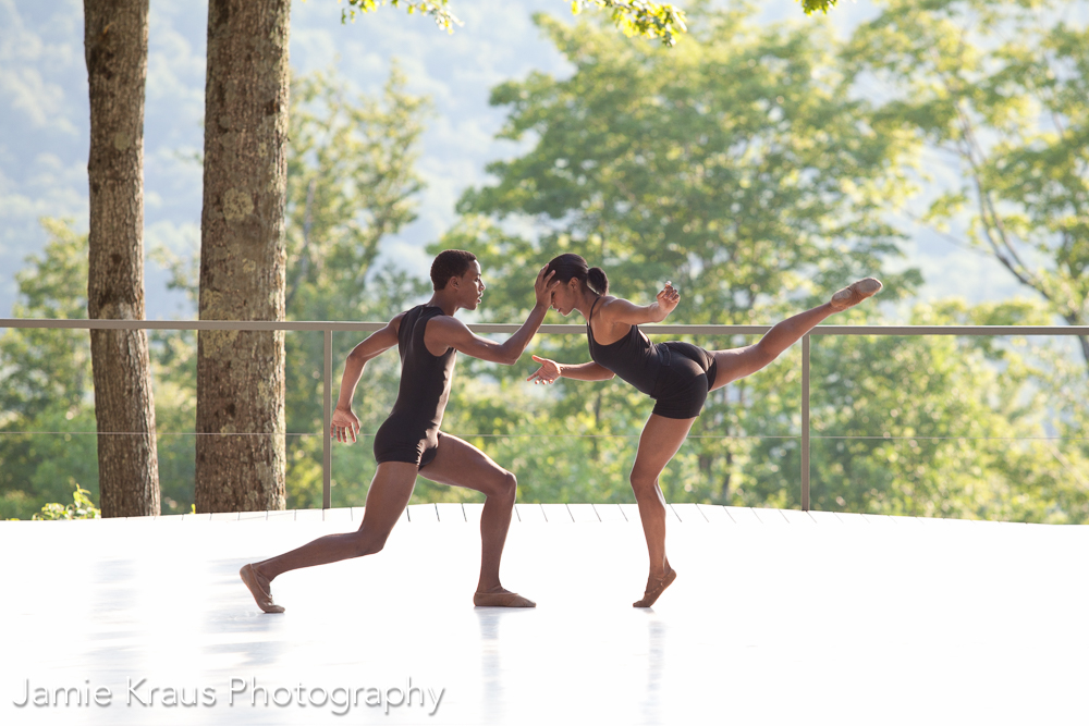 Amber Pickens and Anthony Santos; Photo: Jamie Kraus, courtesy Jacob's Pillow Dance.