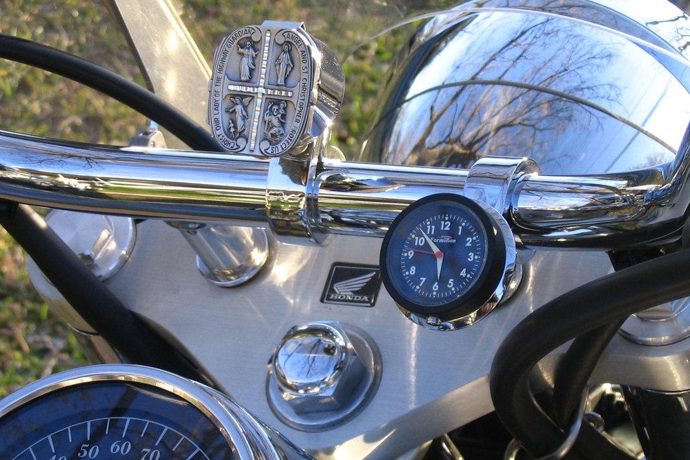 Steve Greenhow Honda Shadow.Clock & Clip-It.jpg