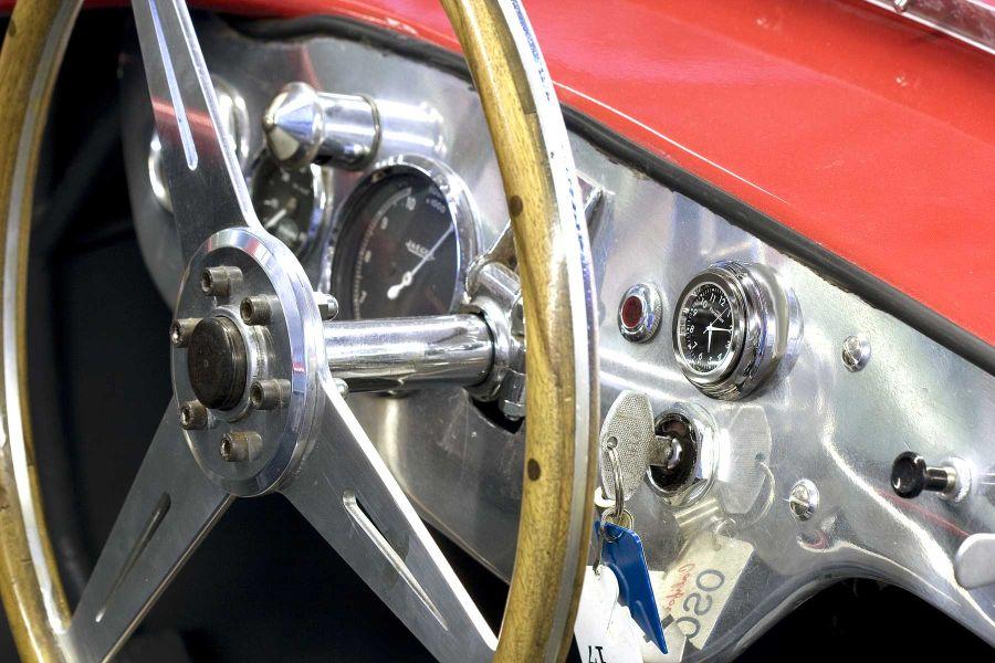 Osca Tipo 900.jpg