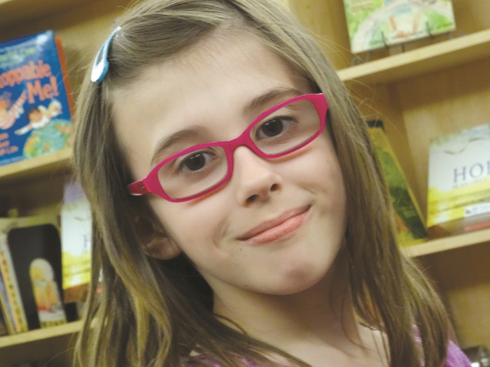 Elyse is a Journeys participant who likes talking to other kids her age about losing someone they love. Click here to go to our grief calendar and find a Journeys program schedule.