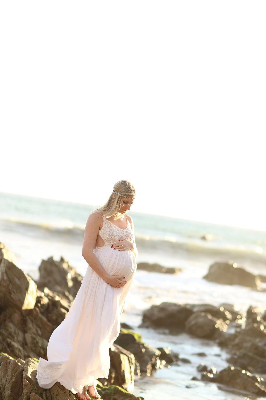 El Matador Beach Maternity Photos in Malibu, California -- Bleudog Fotography
