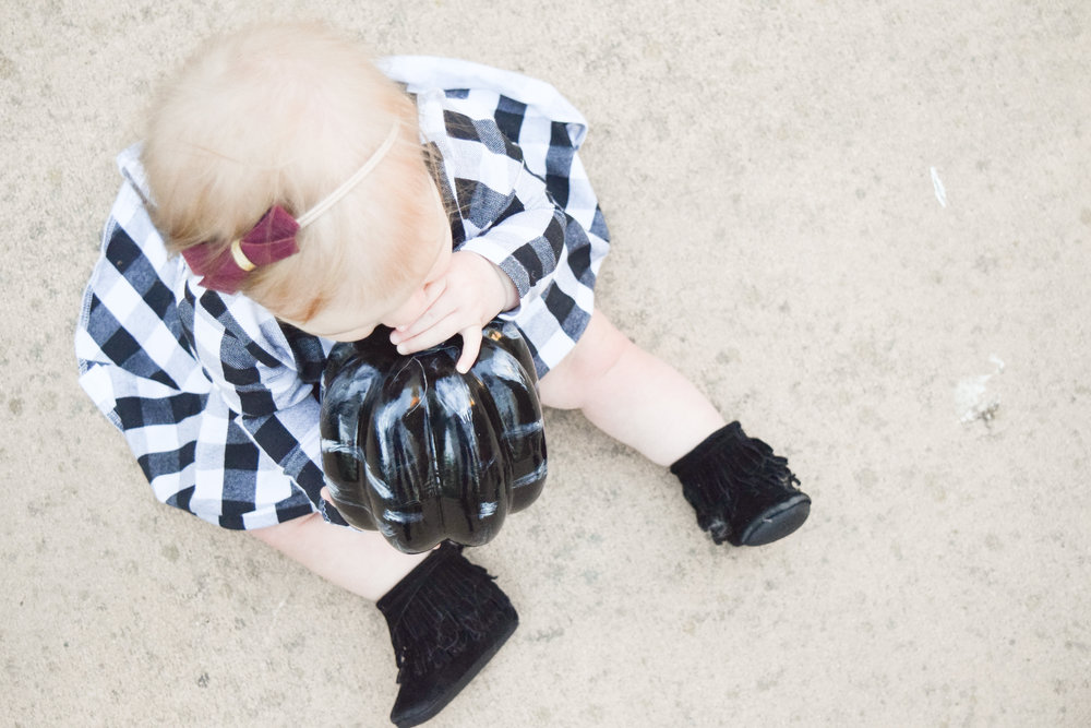 BABY FASHION | A Black + White Winter Baby Dress