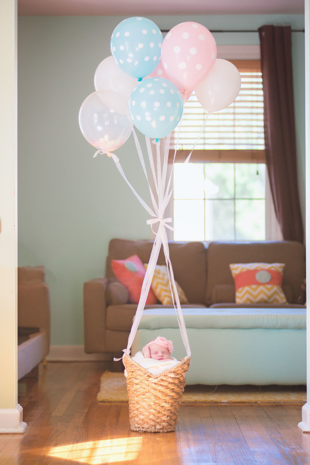 MATERNITY + NEWBORN PHOTOS | Oh The Places You'll Go! -- Hot Air Balloon Themed Maternity + Newborn Session