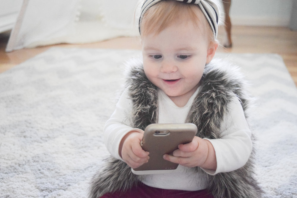 Babies + Technology -- My Love-Hate Relationship