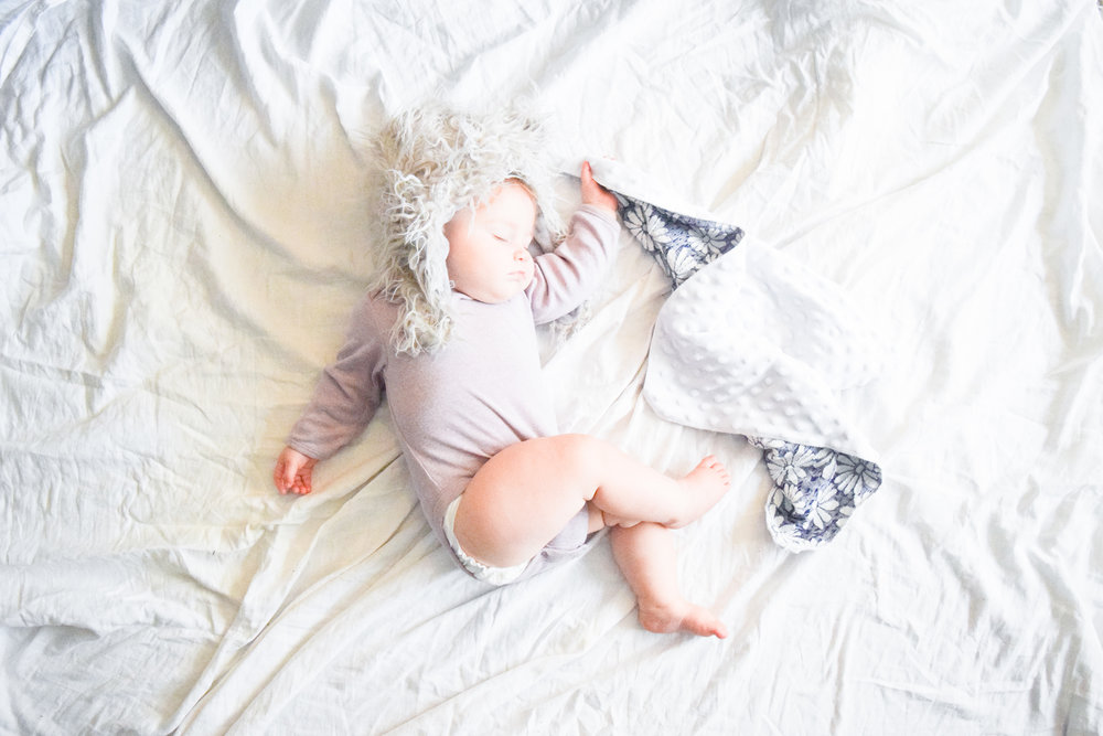 How do I get my baby to sleep through the night - What is dream feeding - Sleep Regression