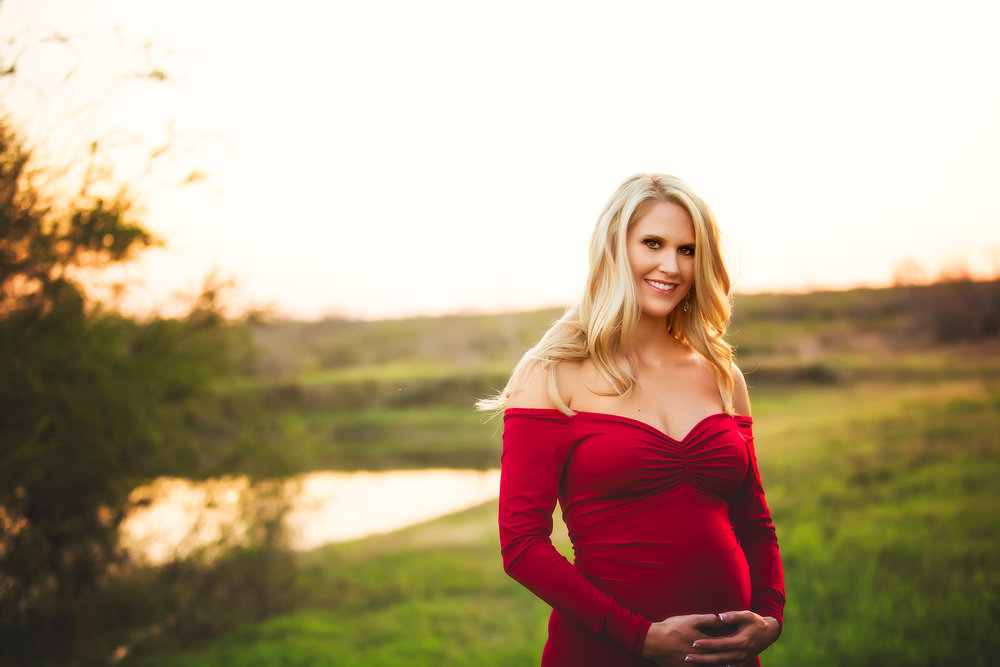 MATERNITY PHOTOS | South Texas Family Maternity Photos - Southern Sisters Photography