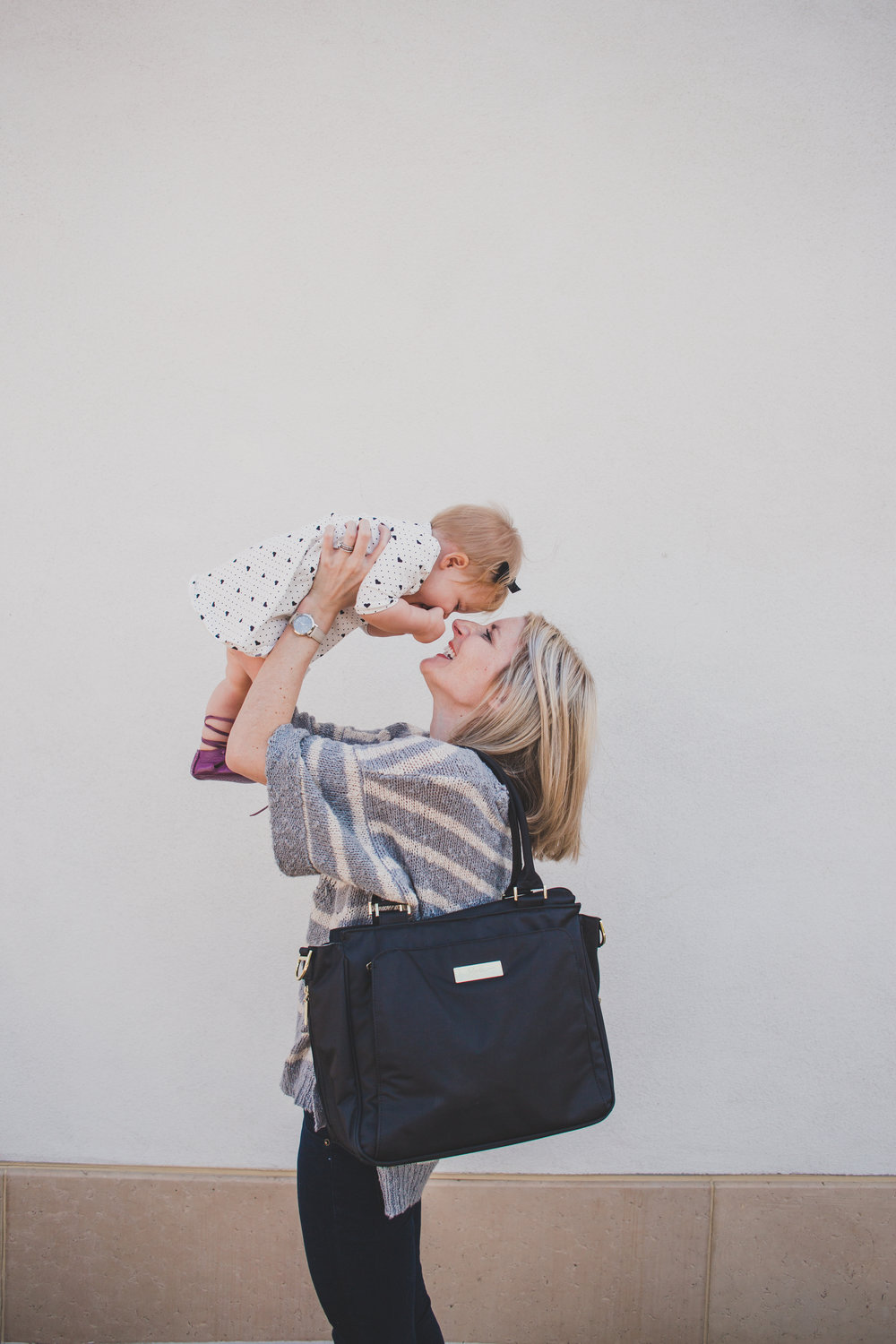 The JuJuBe Be Classy - Best Diaper Bags for Moms
