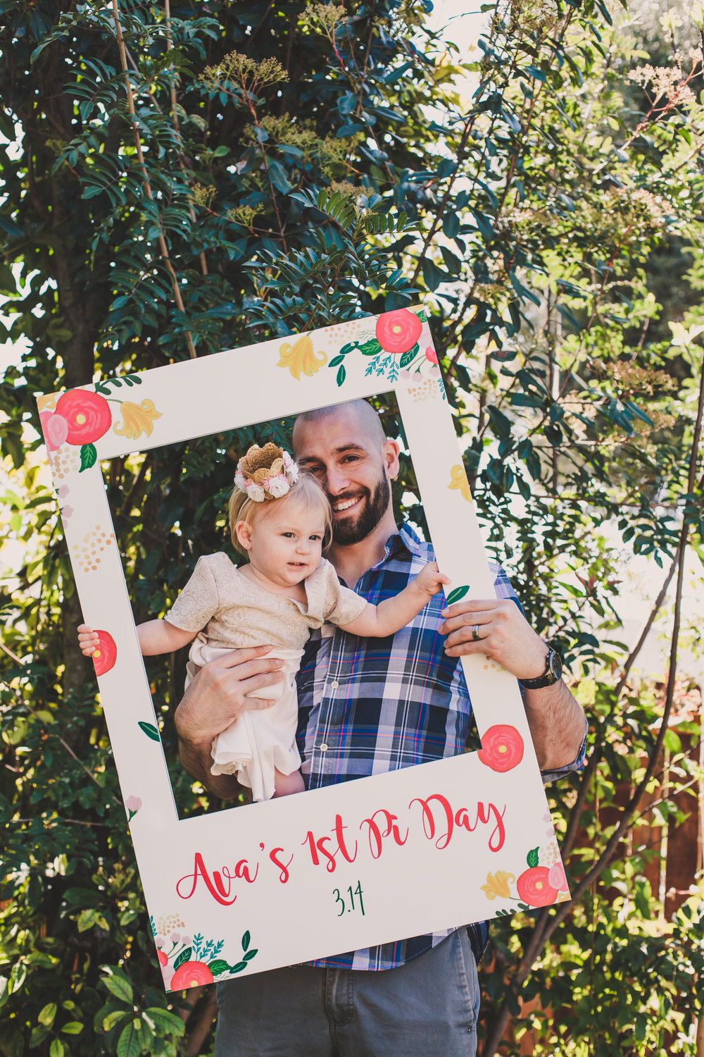 Photo Frames CrowdSigns - Photobooth Props - A Vintage Chic Pi Day Themed 1st Birthday Party