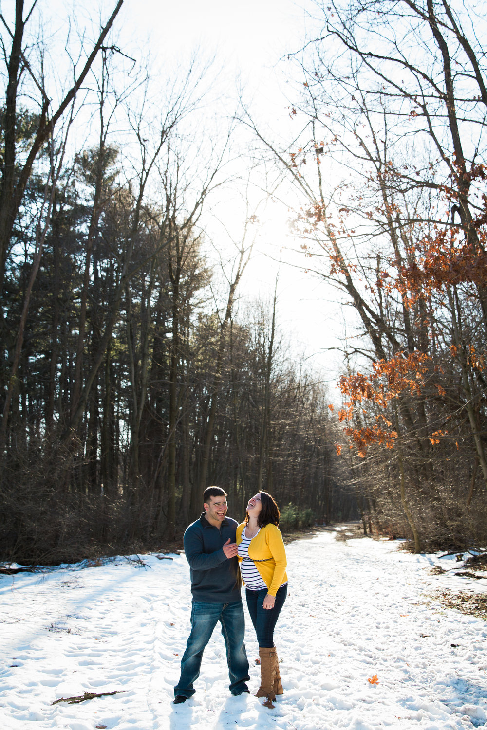 Winter Wonderland Maternity Photos - Mily Photography