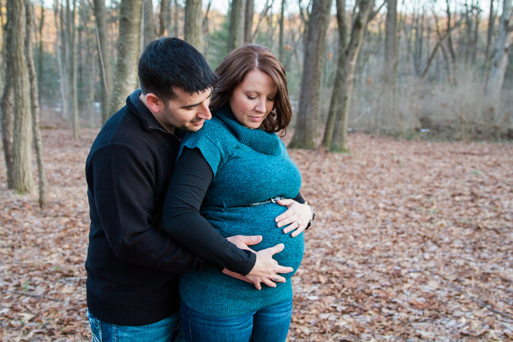 Winter Wonderland Maternity Photos - Mily Photography - Mount Gretna, Pennsylvania Maternity Photographer