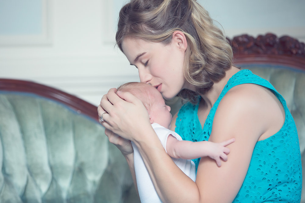 NEWBORN PHOTOS | The Wagner House Newborn Session - Caroline Z Photography