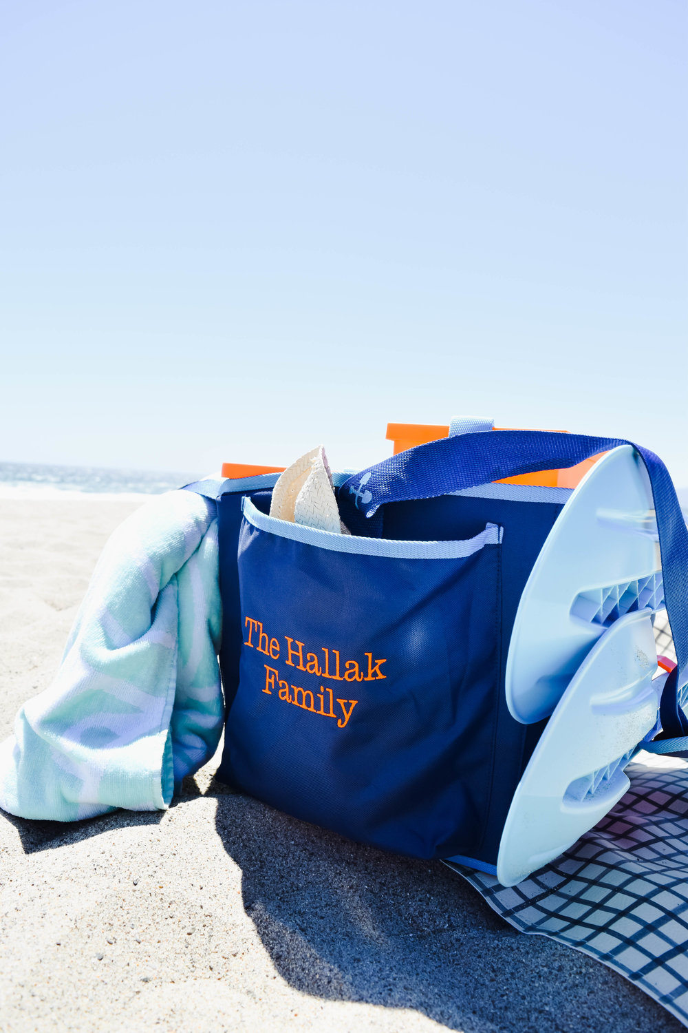 BEACHMATE | The All-In-One Family Beach Bag