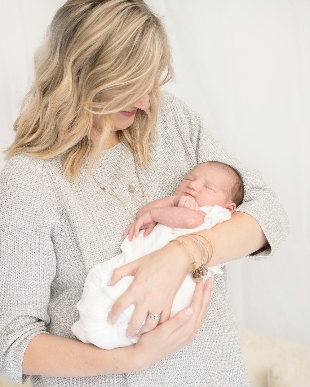 Natural Light Newborn Studio Photos - Karen Stone Photography