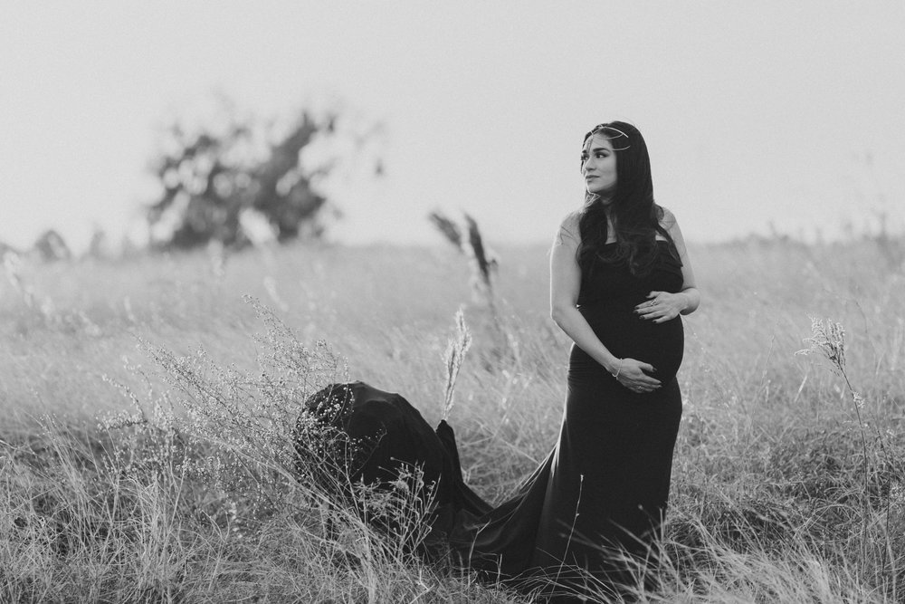 Open Field Maternity Photos - Montgomery, Alabama - Real Teel Photography