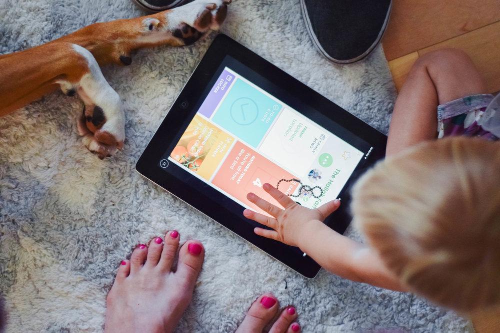 Picniic - Best Shared Family Organization App - Shared Calendar App for Families - Best Family Locator Apps