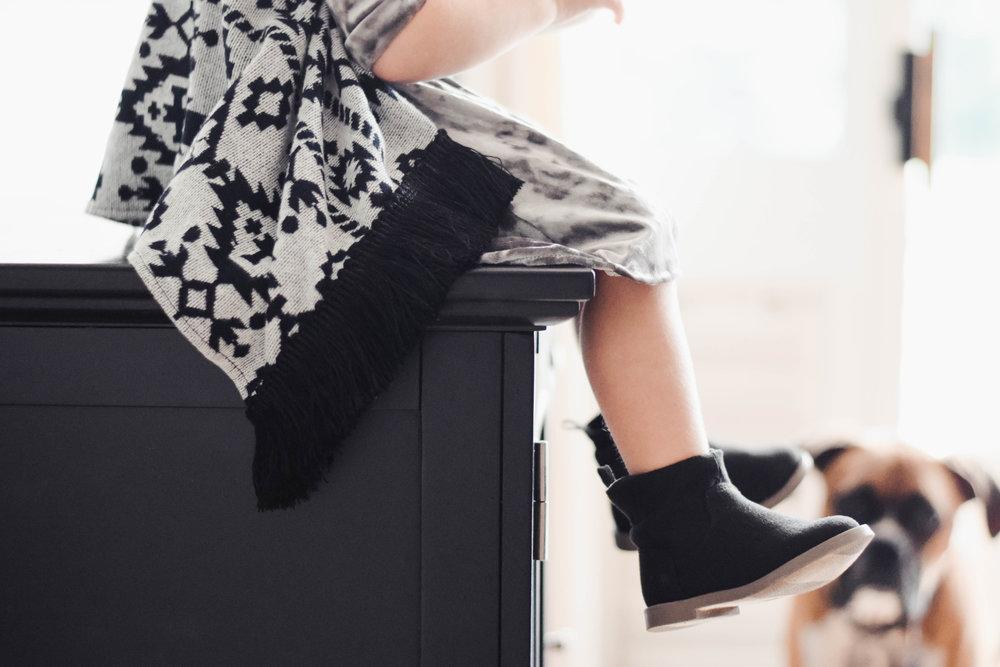 Baby-Kids Velvet Dress - Kids Velvet Headband - Kids Vests - Kids Fall Fashion Guide | Perfectly Paisley