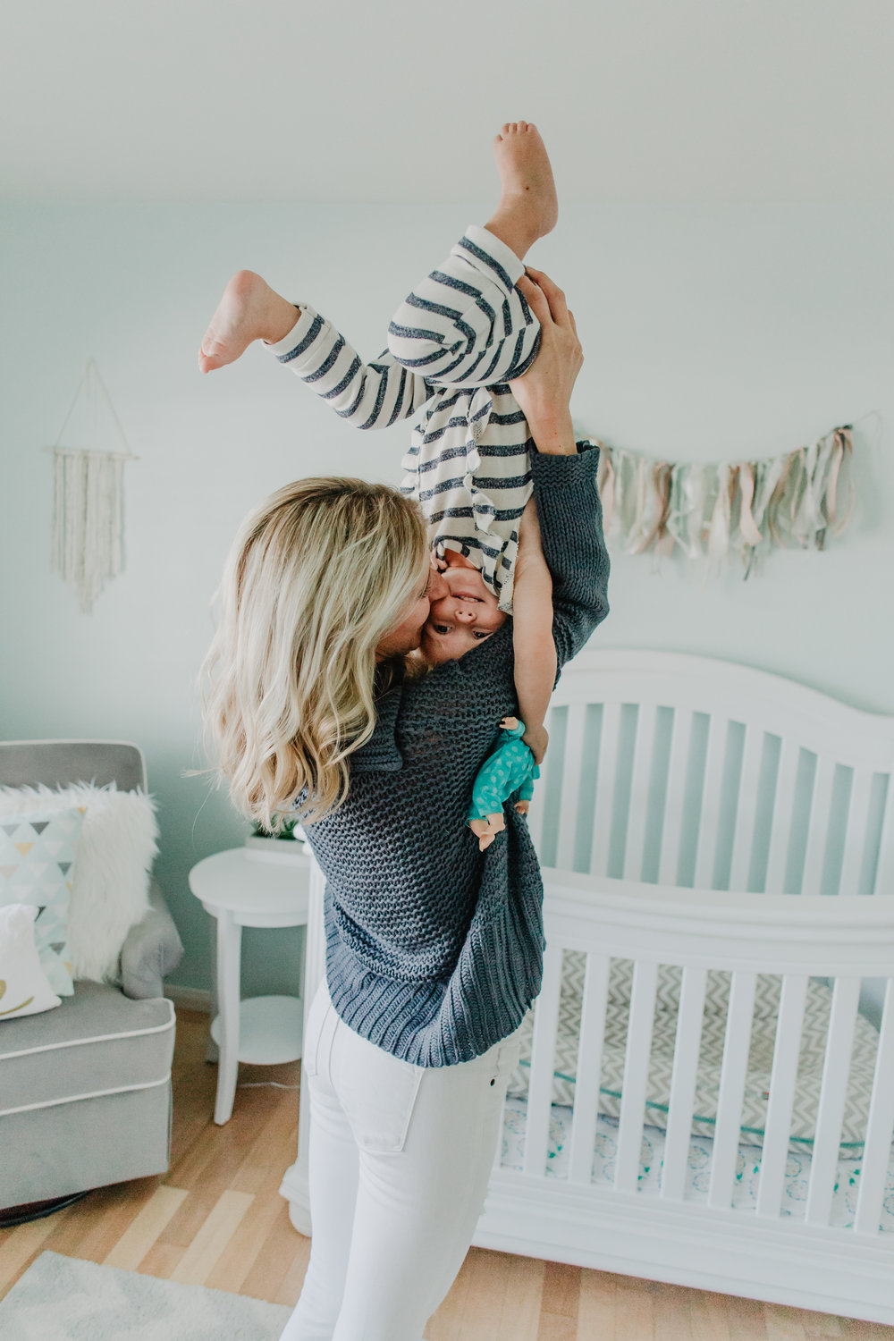 6 Things ever parent needs to remember. -- Mommy Blogger - The Overwhelmed Mommy