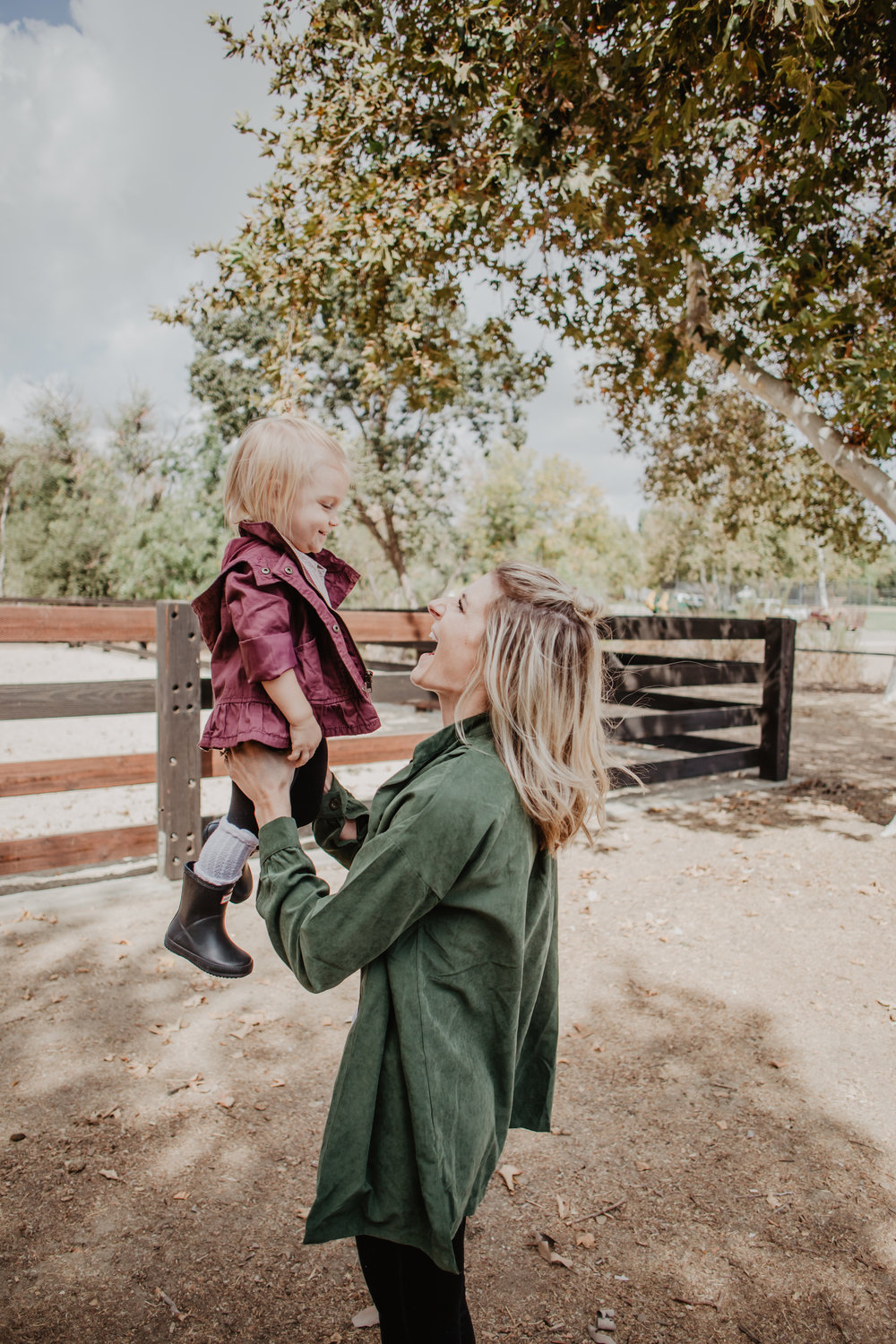 Olive Green Women's Jacket -- Cute Women's Fall Jackets -- Mommy Blogger-Vlogger -- The Overwhelmed Mommy