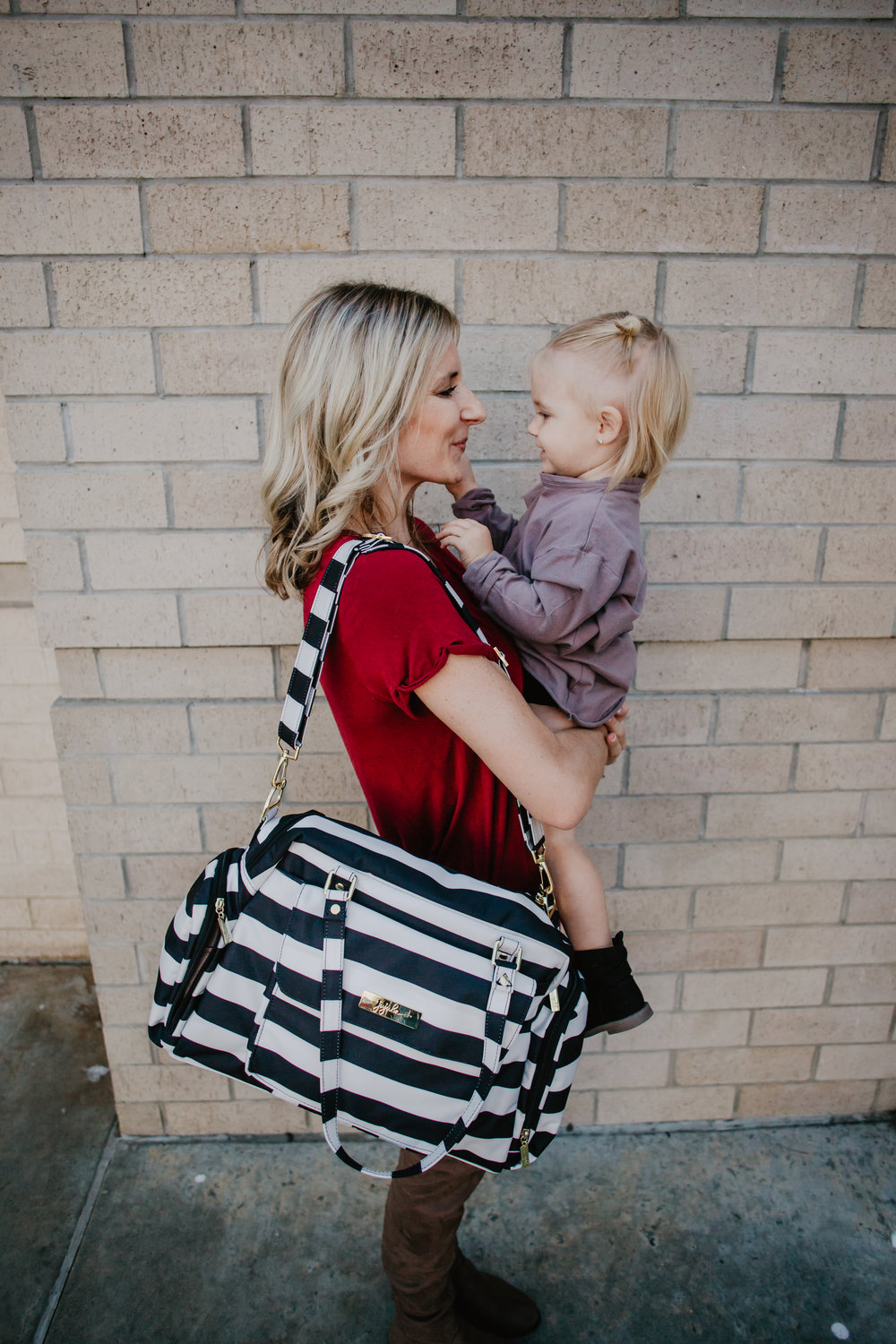 Ju-Ju-Be Breast Pump Bags - Ju-Ju-Be Be Pumped -- Mommy Blogger-Vlogger - The Overwhelmed Mommy