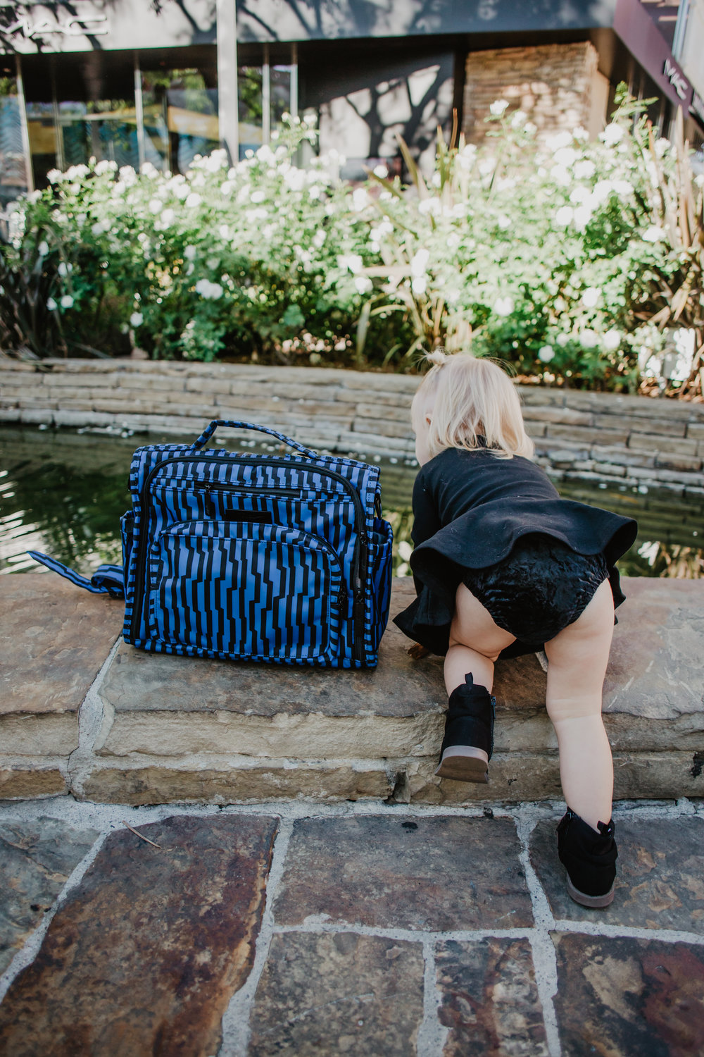Ju-Ju-Be Electric Black -- Cutest Backpack Diaper Bags -- Mommy Blogger-Vlogger - The Overwhelmed Mommy