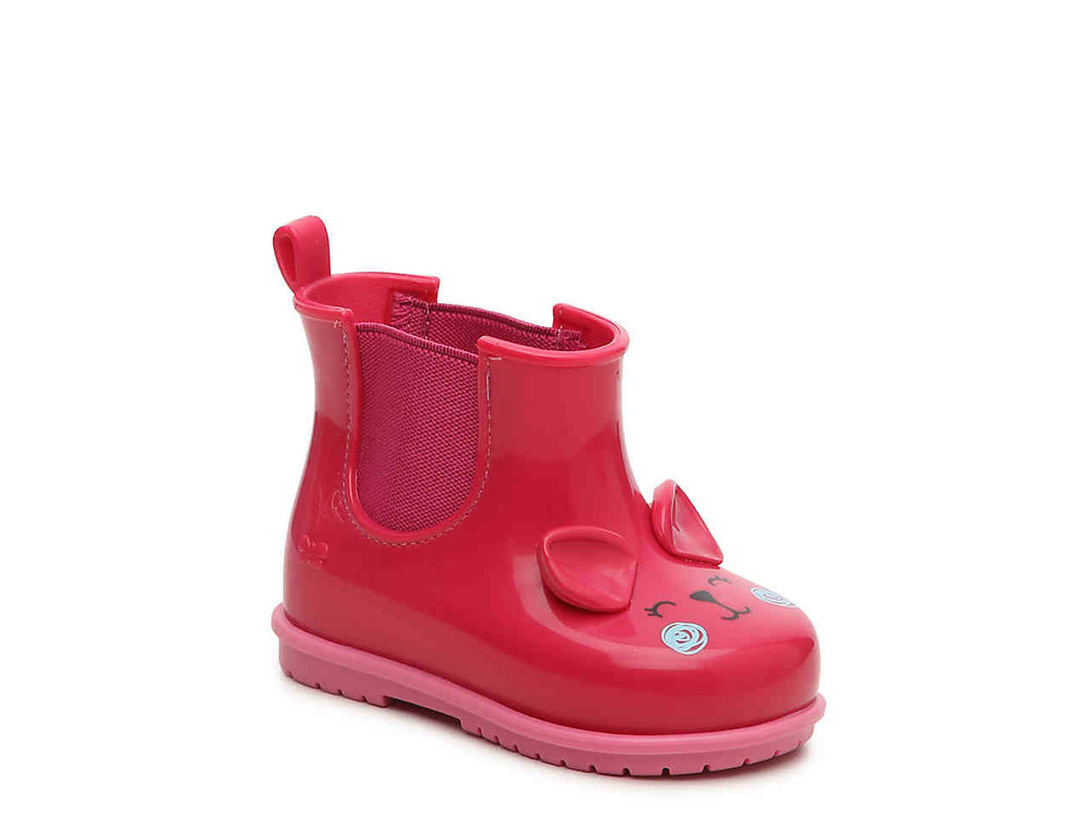 Cute Kids-Toddler Red short Rain Boots -- Mommy Blogger-Vlogger - The Overwhelmed Mommy