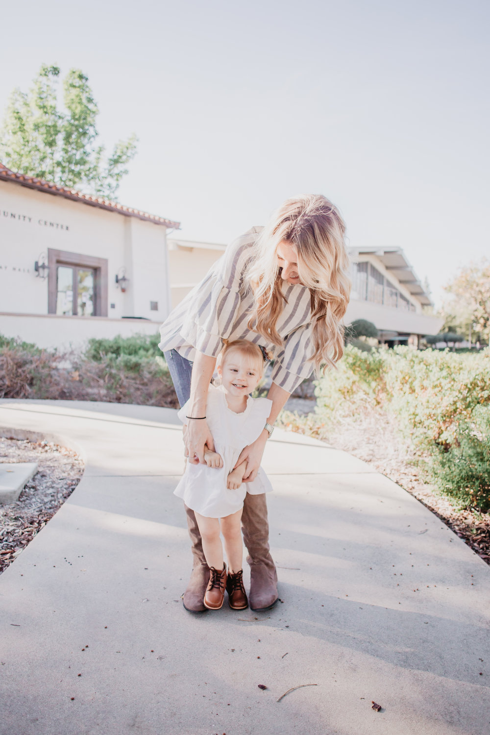 Cute Kids Clothes - Mom Fashion Blogger - White Kids Dress - Knee High Brown Suede Boots -- Mommy Blogger - The Overwhelmed Mommy