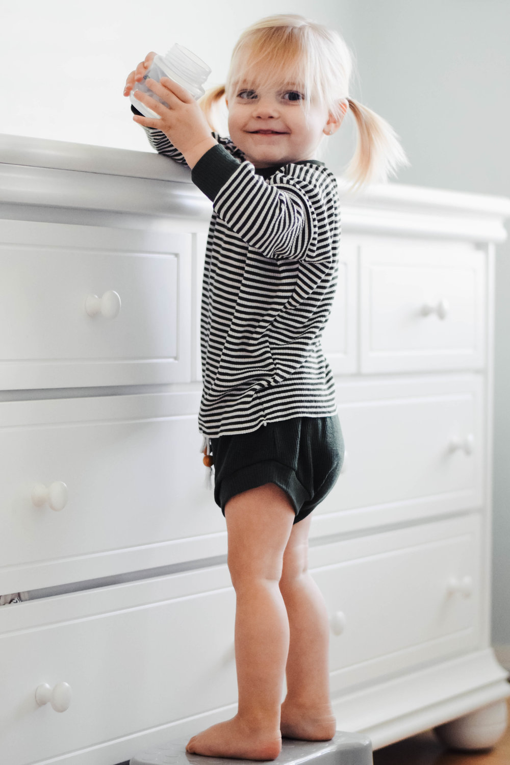 8 Item Capsule Wardrobe for Babies + Toddlers -- Happy Pine Tree -- Mommy Blog - The Overwhelmed Mommy