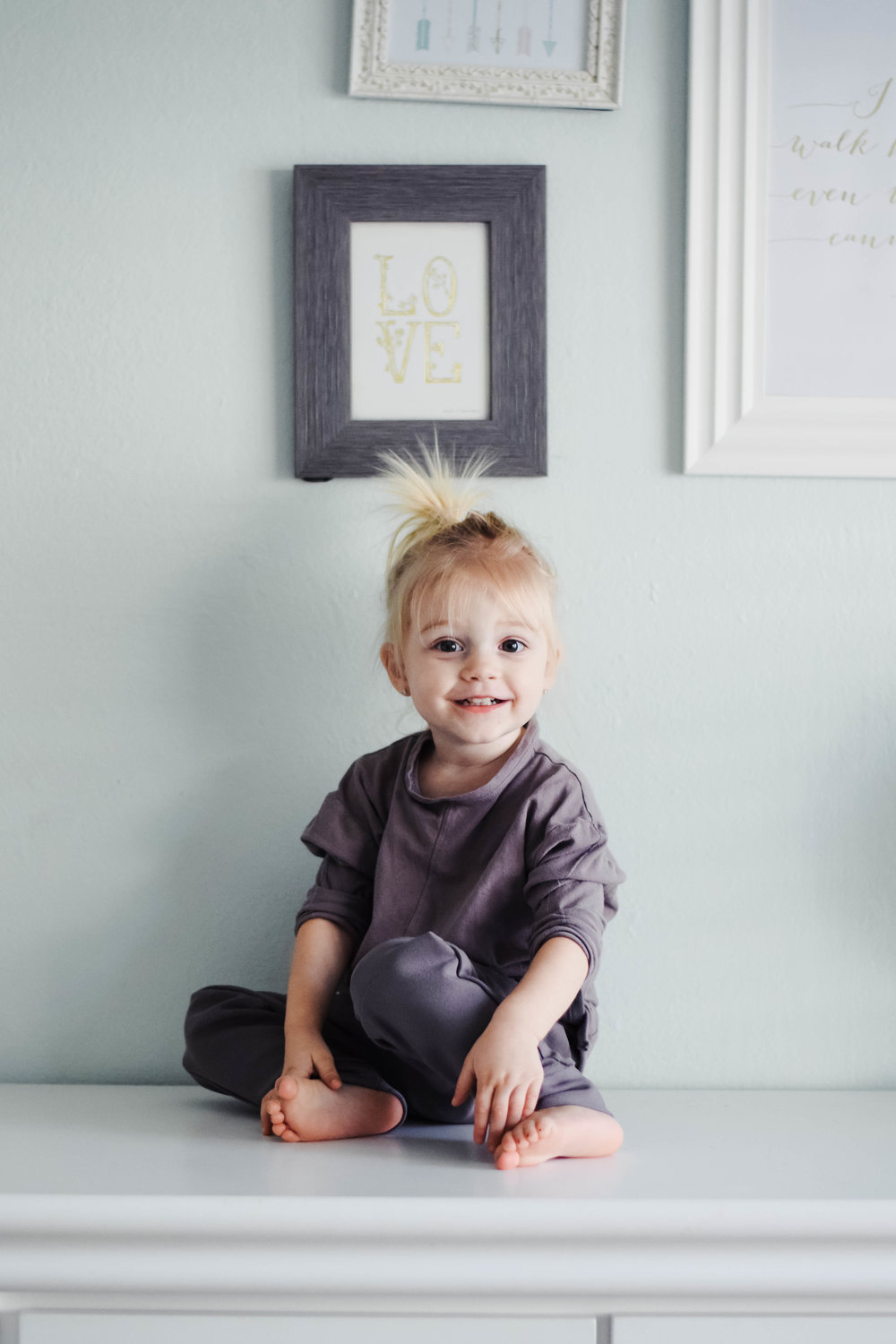 8 Item Capsule Wardrobe for Babies + Toddlers -- Kambia Kids -- Mommy Blog - The Overwhelmed Mommy