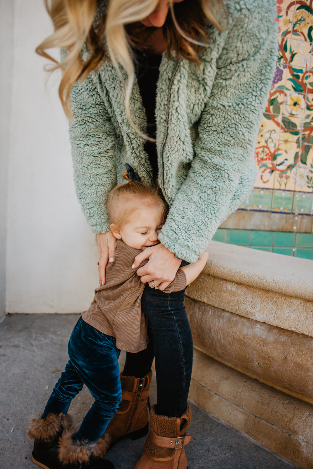 6 Day Mom + Wife Devotional Series -- Mommy Blogger - The Overwhelmed Mommy