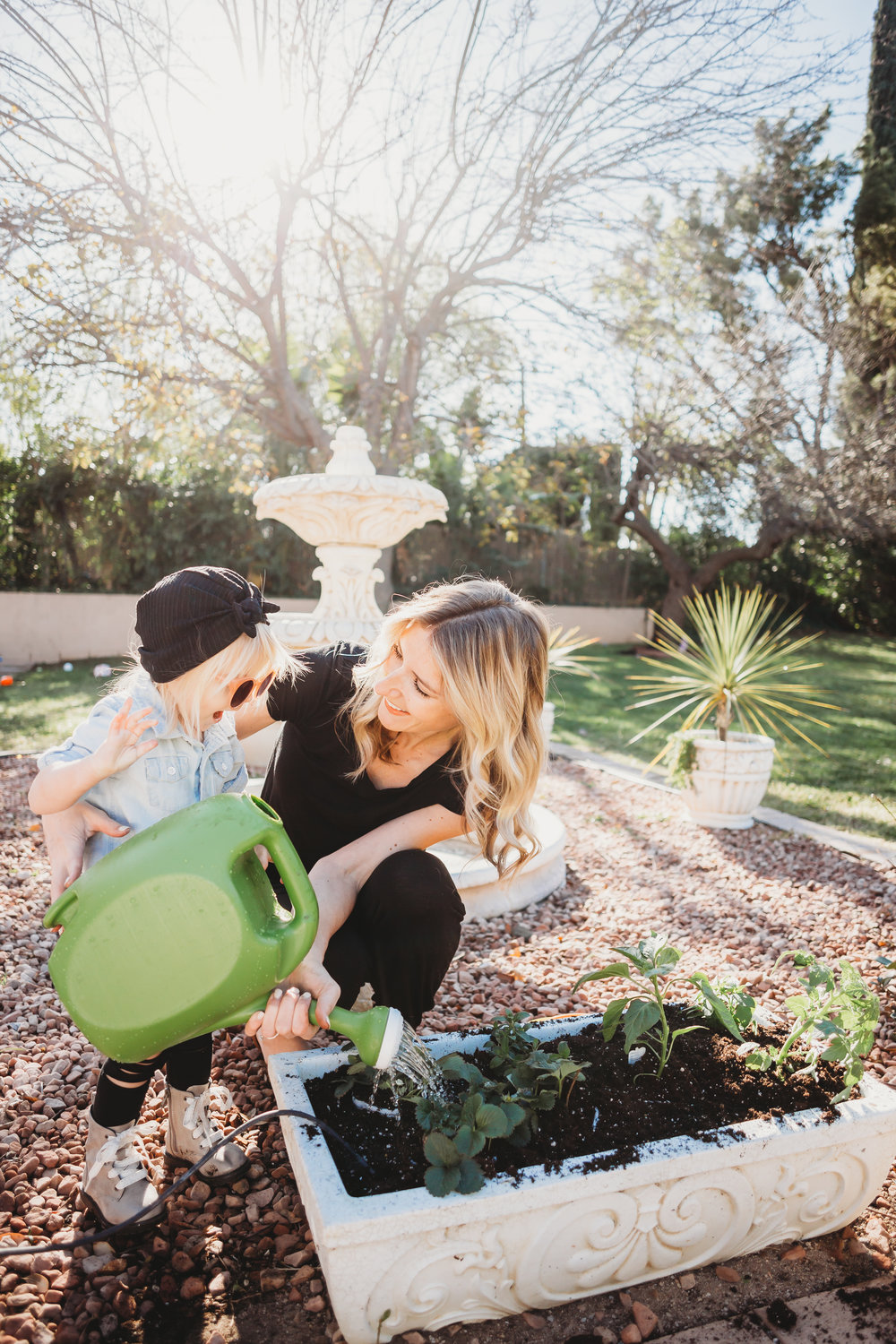 6 Reasons You Should Garden With Your Kids - Spring/Summer Outdoor Activities for Kids -- Mommy Blog - The Overwhelmed Mommy