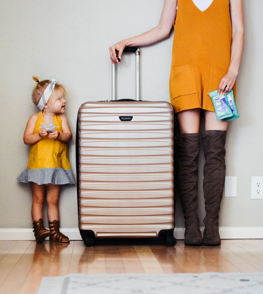 Carry On Items When Traveling With A Toddler - The Overwhelmed Mommy Blogger