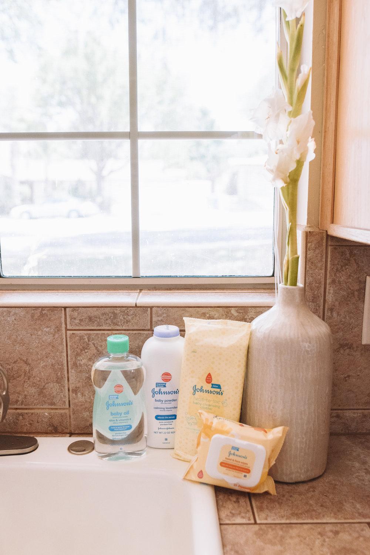 Baby Product Beauty + Mom Hacks -- Baby Oil Hacks, Baby Powder Hacks