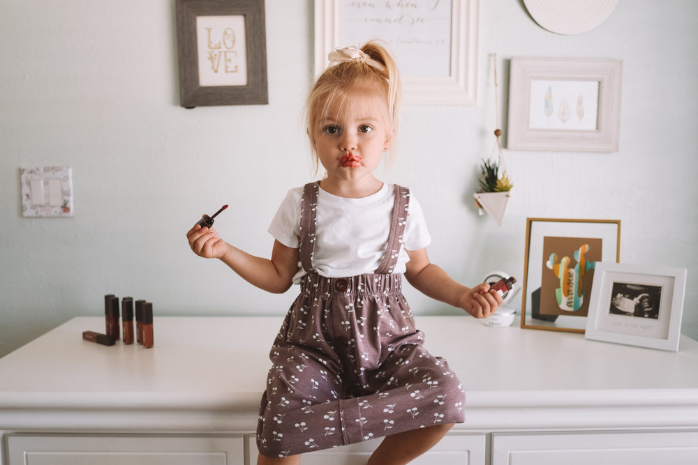 Burts Bees Liquid Lipstick -- The Overwhelmed Mommy Blogger