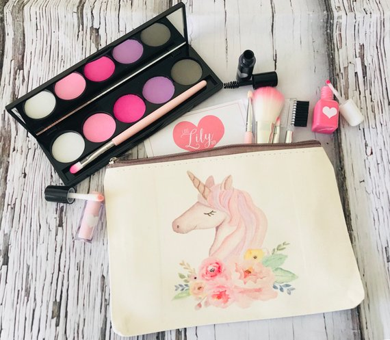 Kids Makeup - Toddler Girl Holiday Christmas Gift Ideas Unique - The Overwhelmed Mommy Blogger