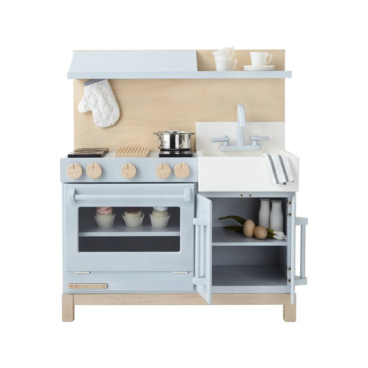 Cute Kids Play Kitchens - Toddler Girl Holiday Christmas Gift Ideas Unique - The Overwhelmed Mommy Blogger