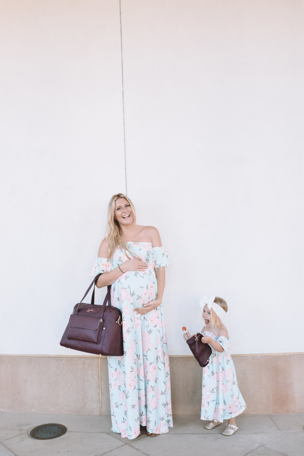 Mommy and Me Dresses - Mommy and Me Purses - The Overwhelmed Mommy Blogger