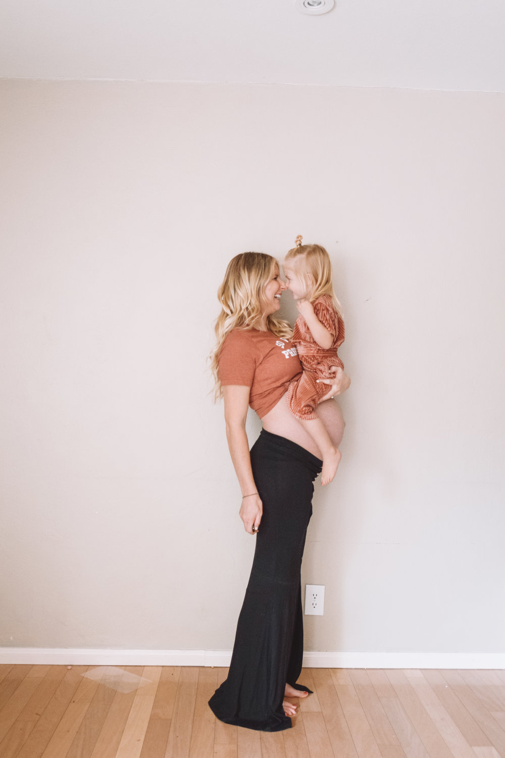 37 Week Pregnant Belly | Funny Pregnancy Shirt of the Week - The Overwhelmed Mommy Blog
