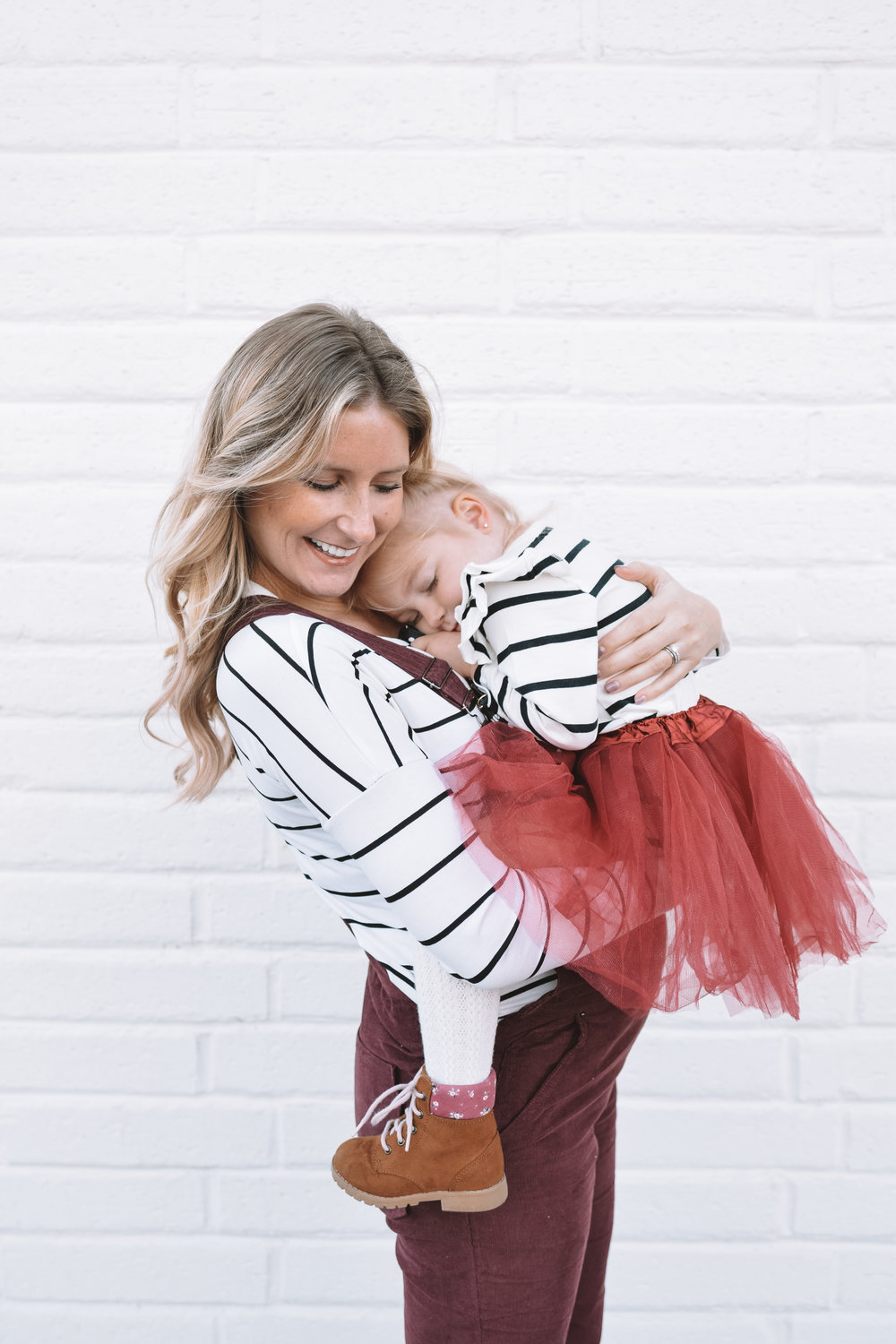 Cute Maternity Fashion - Mommy and Me Clothes - The Overwhelmed Mommy Blogger